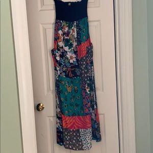 Final Touch Medium Strapless Maxi Dress